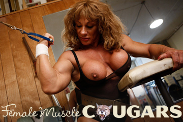 free nude female muscle girls