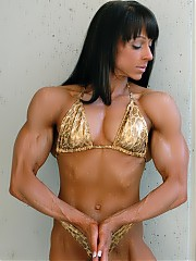 Mindy OBrien's incredible looks and terrific muscularity, including unreal bicep shots
