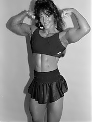 Lisa Lorio is a beautiful woman bodybuilder
