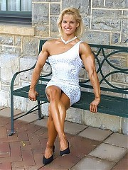 Pavla Brantalova have very nice thigh and calve, unreal biceps, triceps and chest