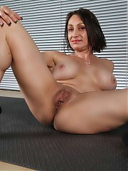 Jillian Foxxx - Foxxxy lady