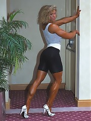 Shelley Beattie great-looking face and a mane of blond-highlighted brown hair top off one of the best women bodybuilders