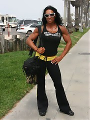 Porn Free dominate muscle women