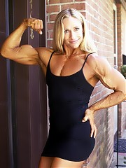 Mary Lynne with fabulous muscle size and shape
