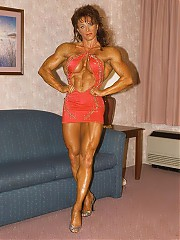 Diana Dennis was chiseled and shows off her great upper body (deep-cut abs and chiseled chest, back and arm poses), but she was even more well-known for her thighs, glutes and calves- she was one of the first women to develop the really lean and defined legs you see so commonly today.